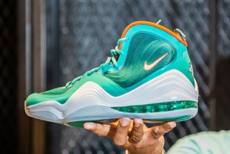 "Fresh. FLy & Flashy Pick of the Day: Nike Air Penny V ""Miami Dolphin"""