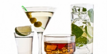 Unwind With a Healthy Cocktail Tonight
