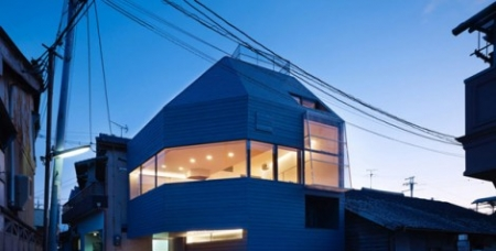 The Japanese Way of Enhancing Living Space: House in Matsubara