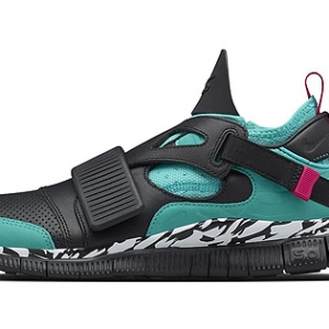 NikeLab's Free Huarache Carnivore Pays Homage to an the OG Colorway