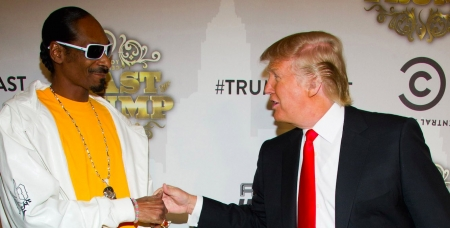 President Donald Trump and Snoop Dogg are really beefing on Twitter! No Seriously
