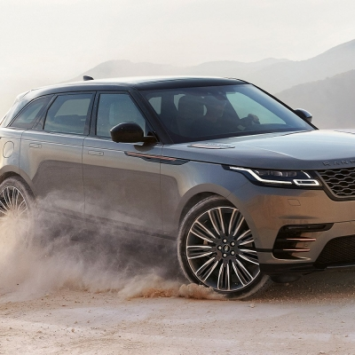 Here's a first tatse of the 2018 Range Rover Velar, and it's truly a beauty