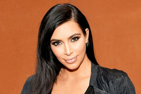 "Kim Kardashian Speaks About Her ""Life Changing"" Robbery in Paris"