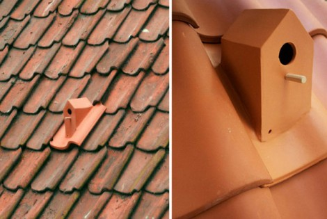 Birdhouse Cleverly Integrated in Roof Design by Artist Klaas Kuiken