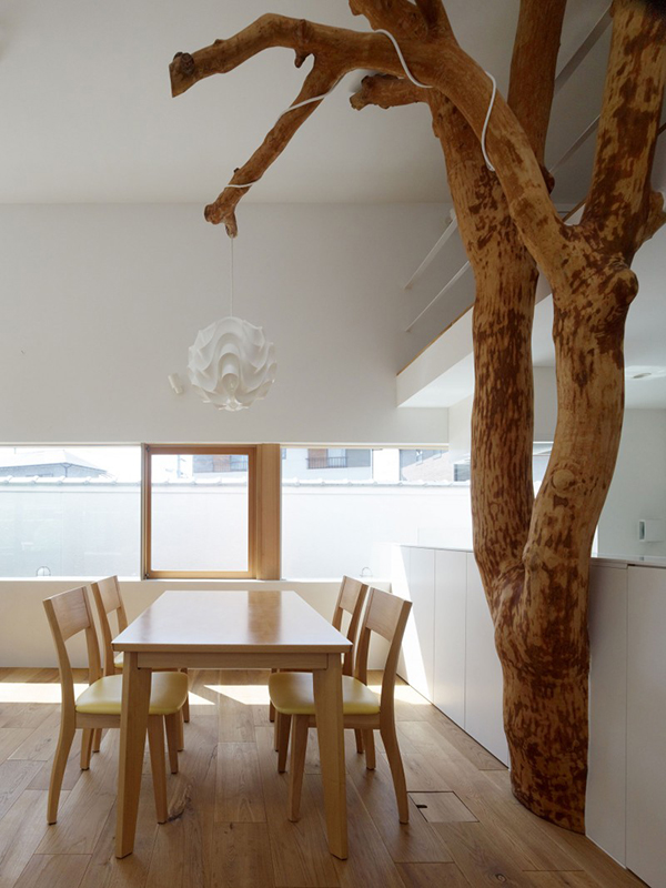 Table and Trees  Contemporary Home in Japan Integrating Real Trees in The Structure