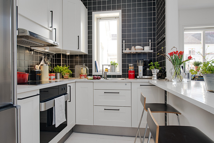 Detailed Kitchen Gothenburgs Exquisite Side: Small Apartment Tastefully Designed