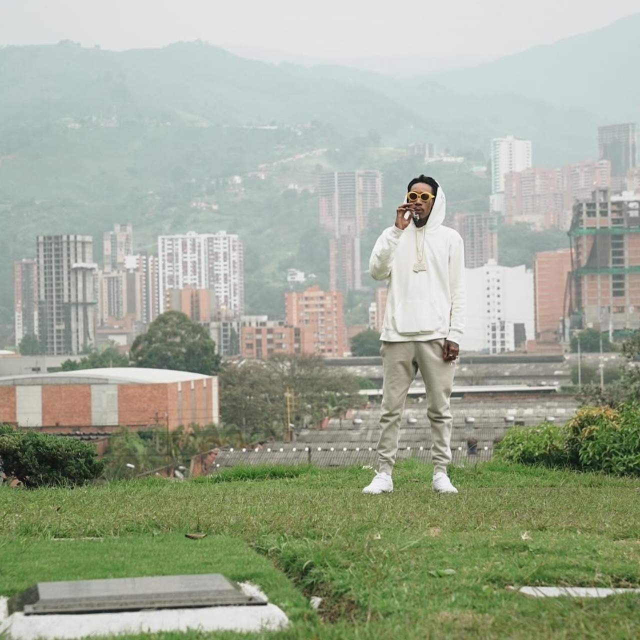 Wiz Khalifa Upsets Colombia With Pablo Escobar Tomb Visit